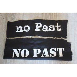 Parche «No Past»
